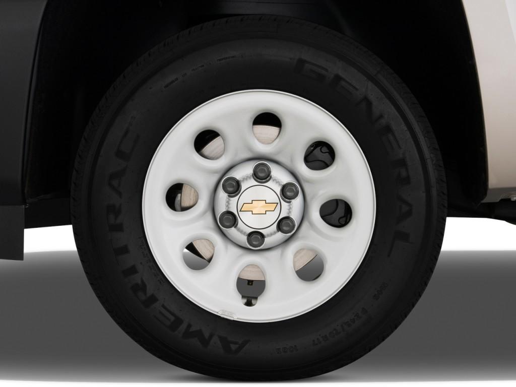"2009 Chevrolet Silverado 1500 2WD Reg Cab 119.0"" Work Truck Wheel Cap"