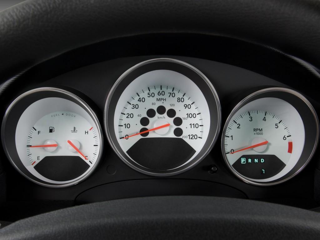 Image 2009 Dodge Caliber 4 Door Hb Sxt Instrument Cluster