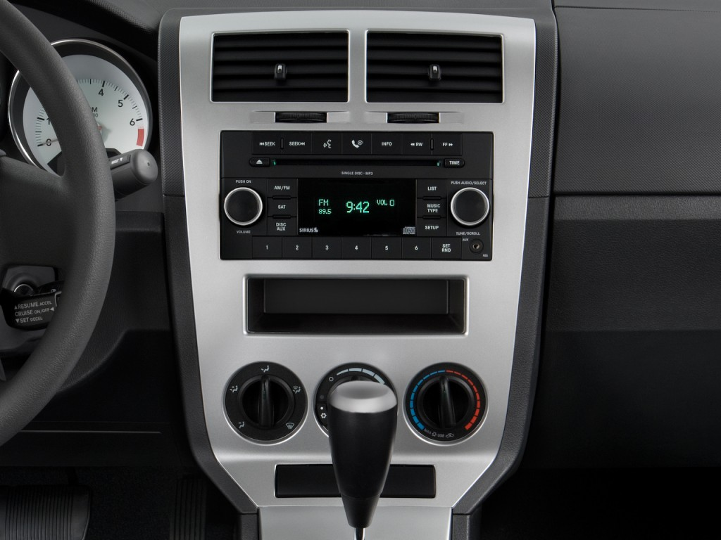 image 2009 dodge caliber 4 door hb sxt instrument panel. Black Bedroom Furniture Sets. Home Design Ideas