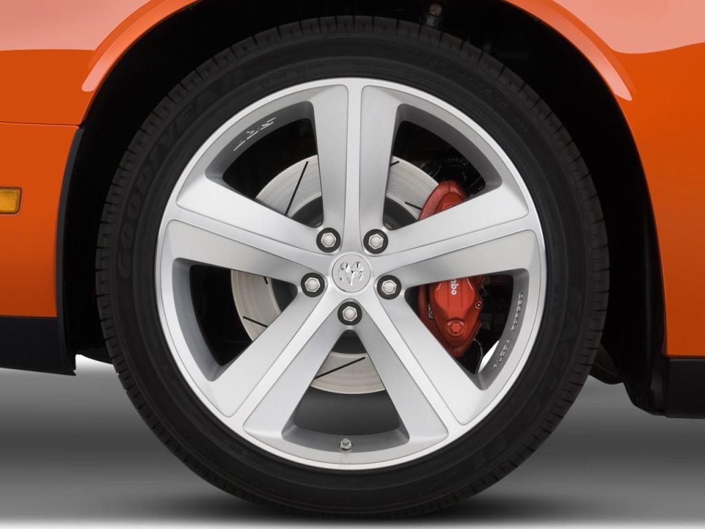 Image 2009 Dodge Challenger 2 Door Coupe Srt8 Wheel Cap