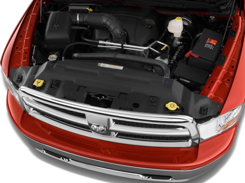 2009 Dodge Ram 1500 2WD Reg Cab 120.5