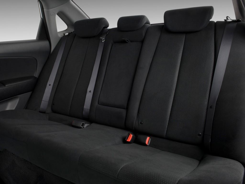 Image 2009 Hyundai Elantra 4 Door Sedan Auto Se Rear