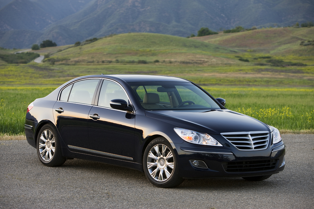 San Antonio Auto Group >> Hyundai Genesis Nabs North American Car Of The Year
