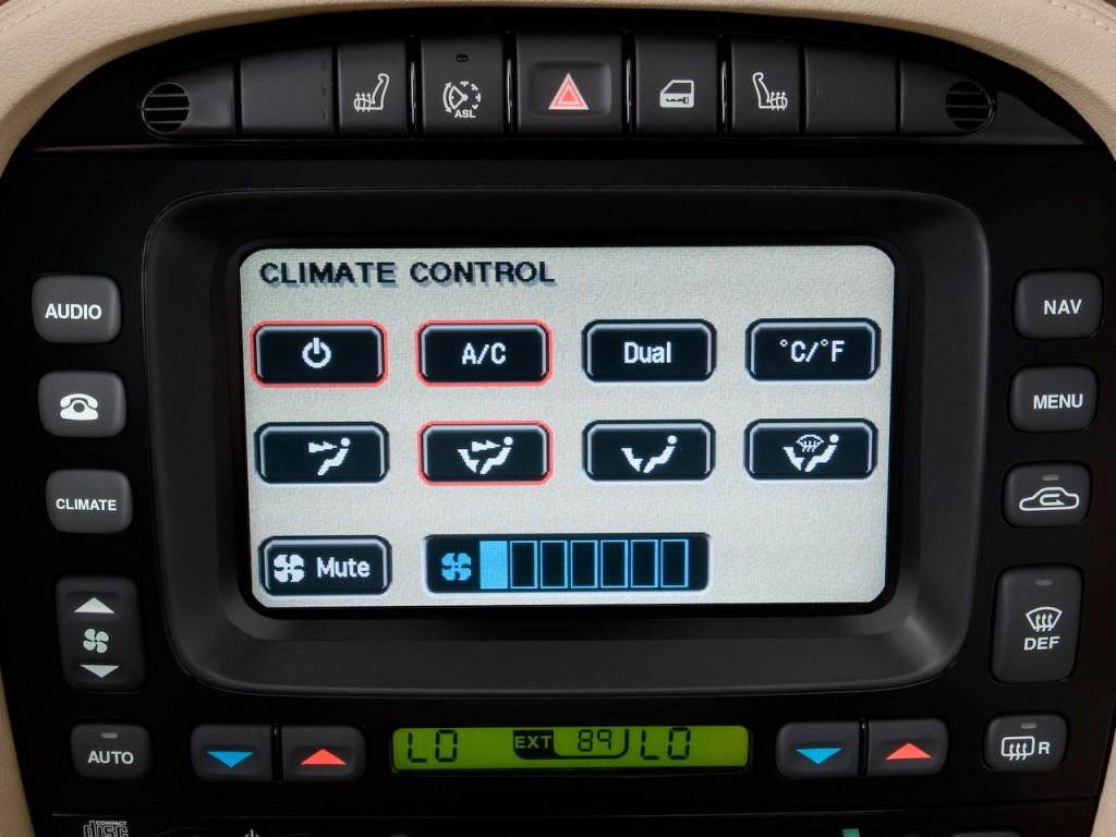 Temperature Controls 2009 Jaguar XJ 4 door Sedan XJR #466C03