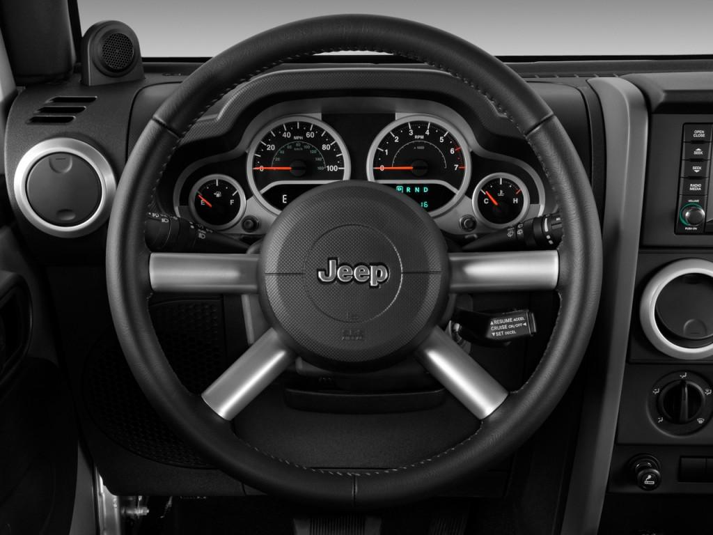 Image: 2009 Jeep Wrangler Unlimited RWD 4-door Sahara ...