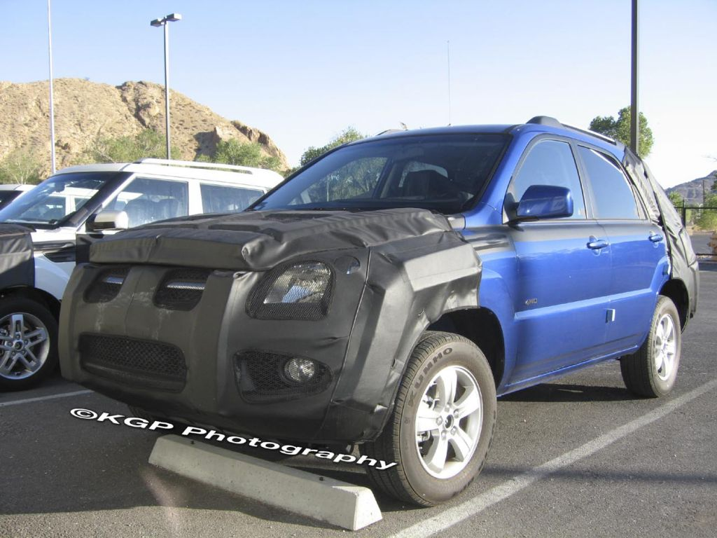 2009 kia sportage spied. Black Bedroom Furniture Sets. Home Design Ideas