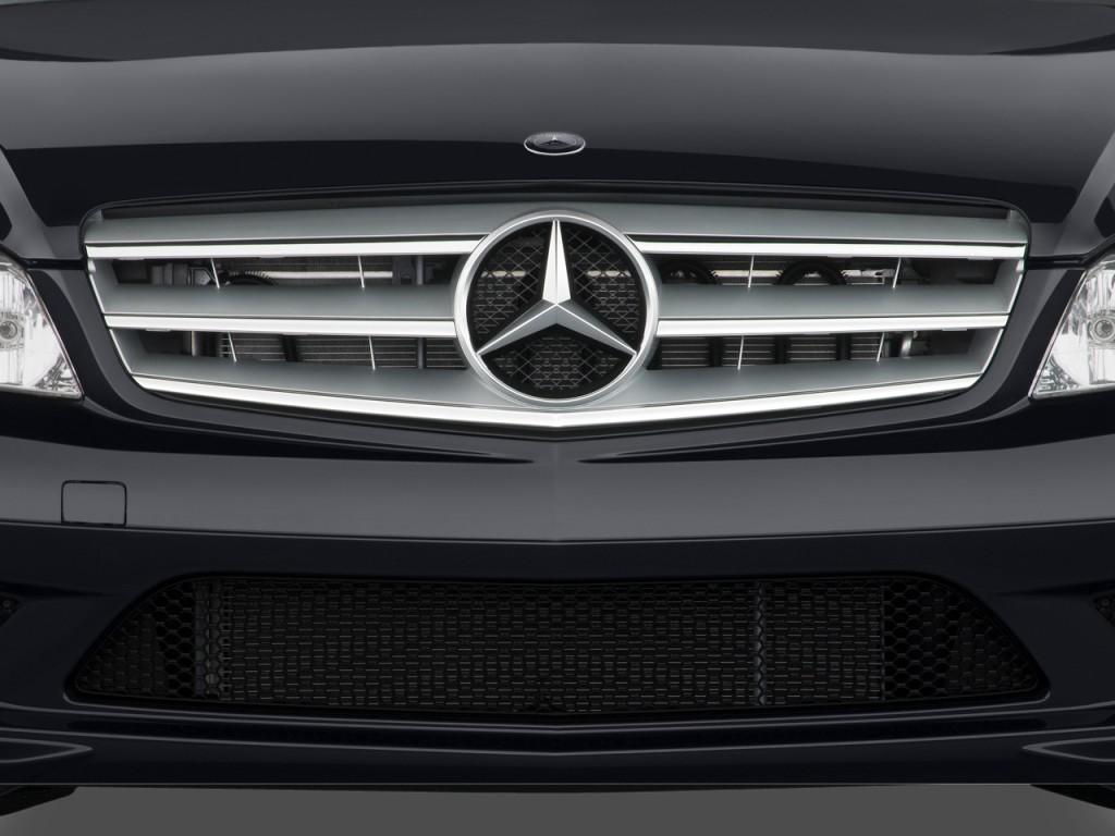 Image 2009 mercedes benz c class 4 door sedan 3 5l sport for Mercedes benz c300 grill