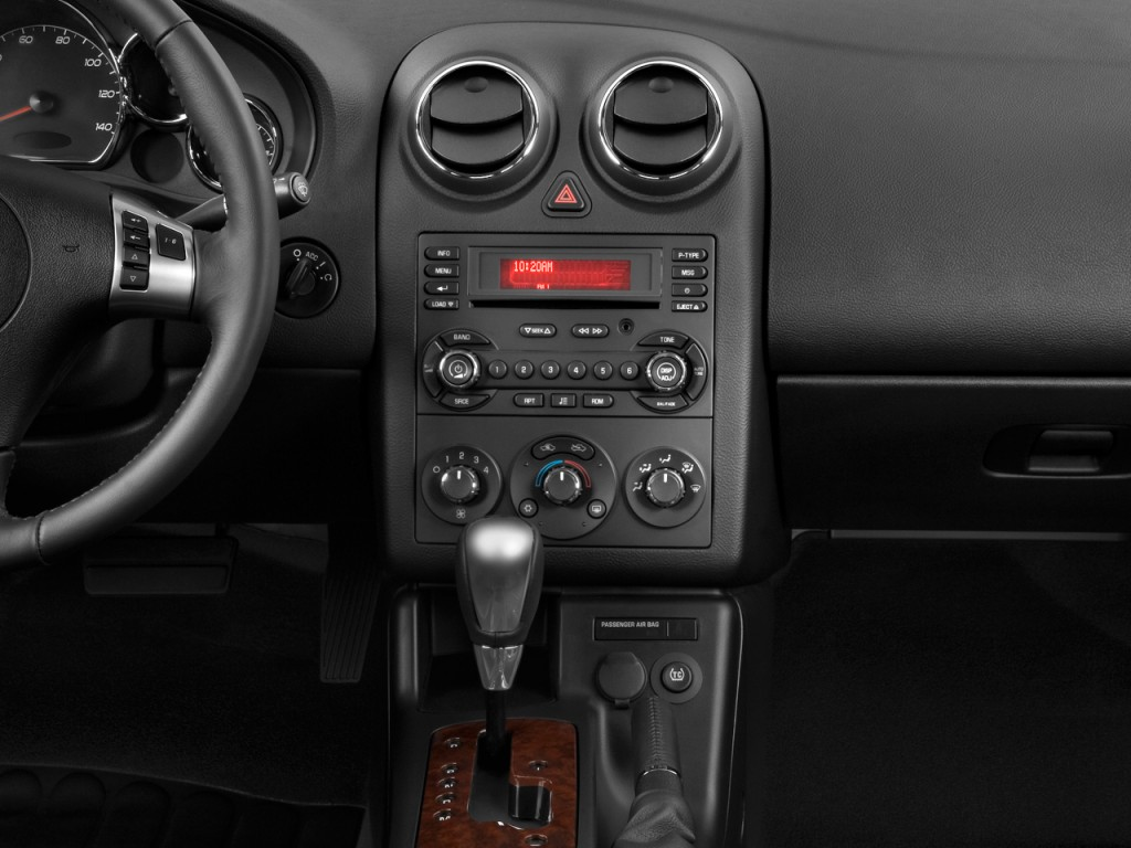 Image 2009 Pontiac G6 2 Door Coupe Gt W 1sa Ltd Avail Instrument Panel Size 1024 X 768