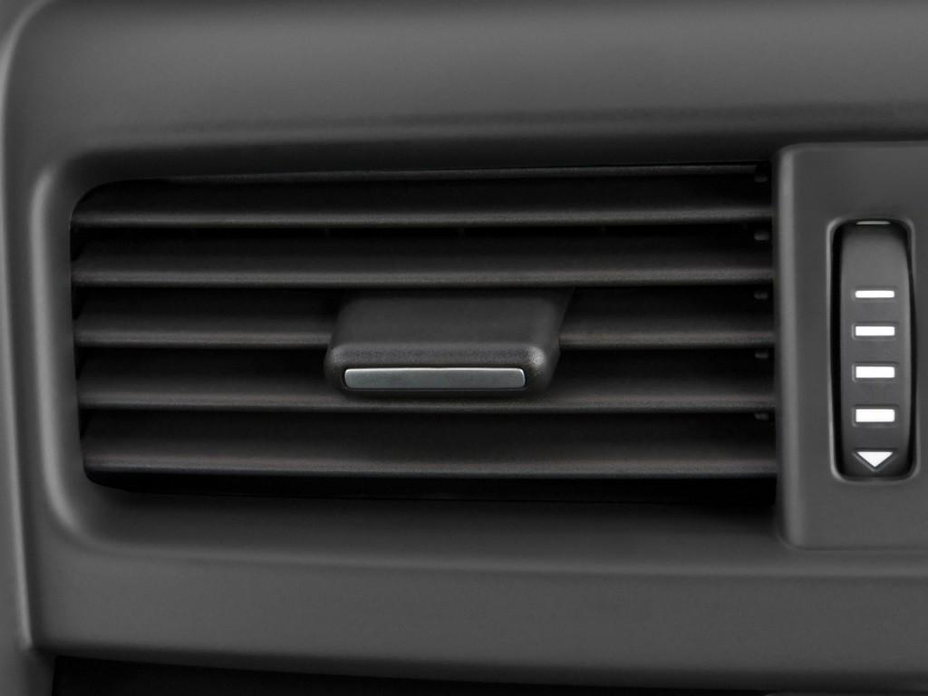 Image 2009 Pontiac G8 4 Door Sedan Air Vents Size 1024 X 768 Type Gif Posted On December