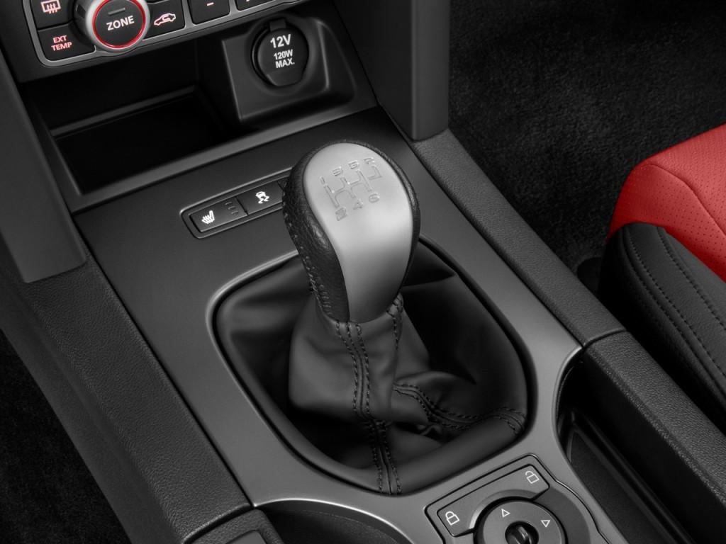 Image 2009 Pontiac G8 4 Door Sedan Gxp Gear Shift Size 1024 X 768 Type Gif Posted On