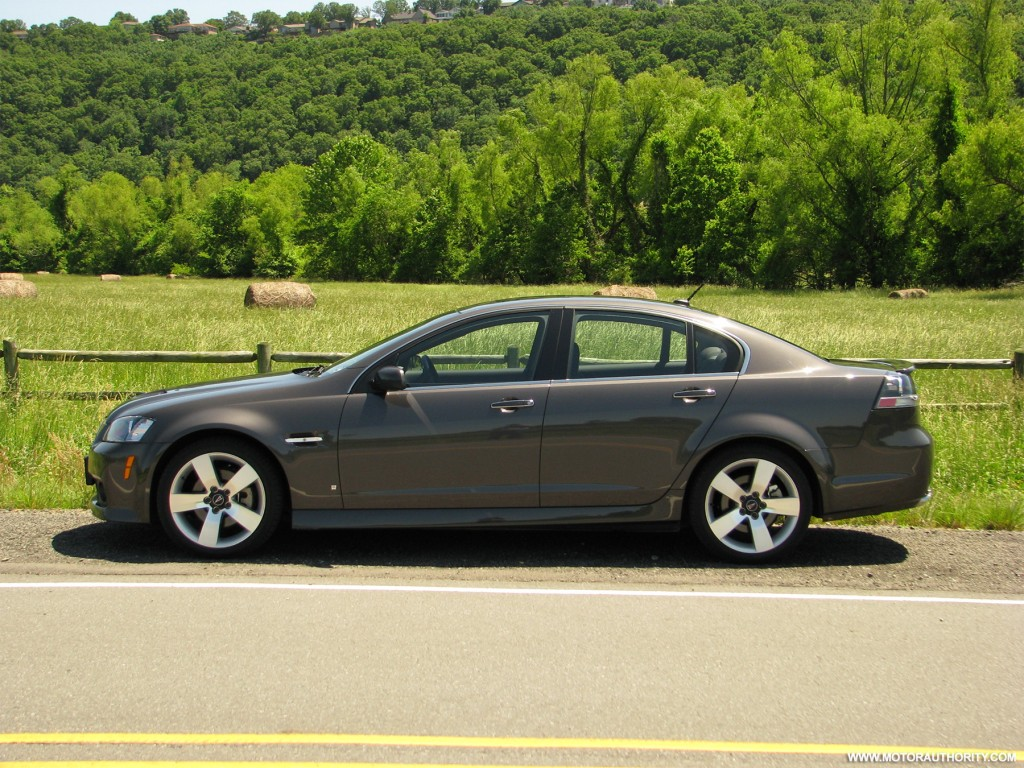 image 2009 pontiac g8 gt review 008 size 1024 x 768. Black Bedroom Furniture Sets. Home Design Ideas