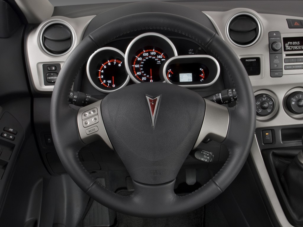 image 2009 pontiac vibe 4 door hb gt fwd steering wheel. Black Bedroom Furniture Sets. Home Design Ideas