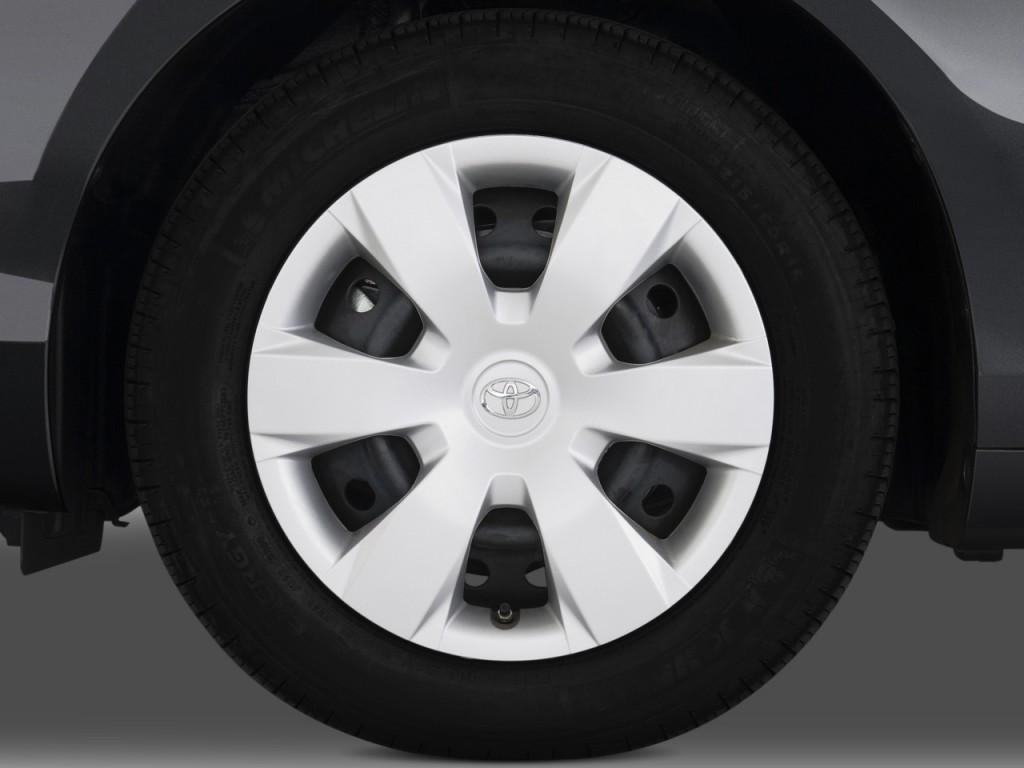 image 2009 toyota camry 4 door sedan v6 auto le natl wheel cap size 1024 x 768 type gif. Black Bedroom Furniture Sets. Home Design Ideas