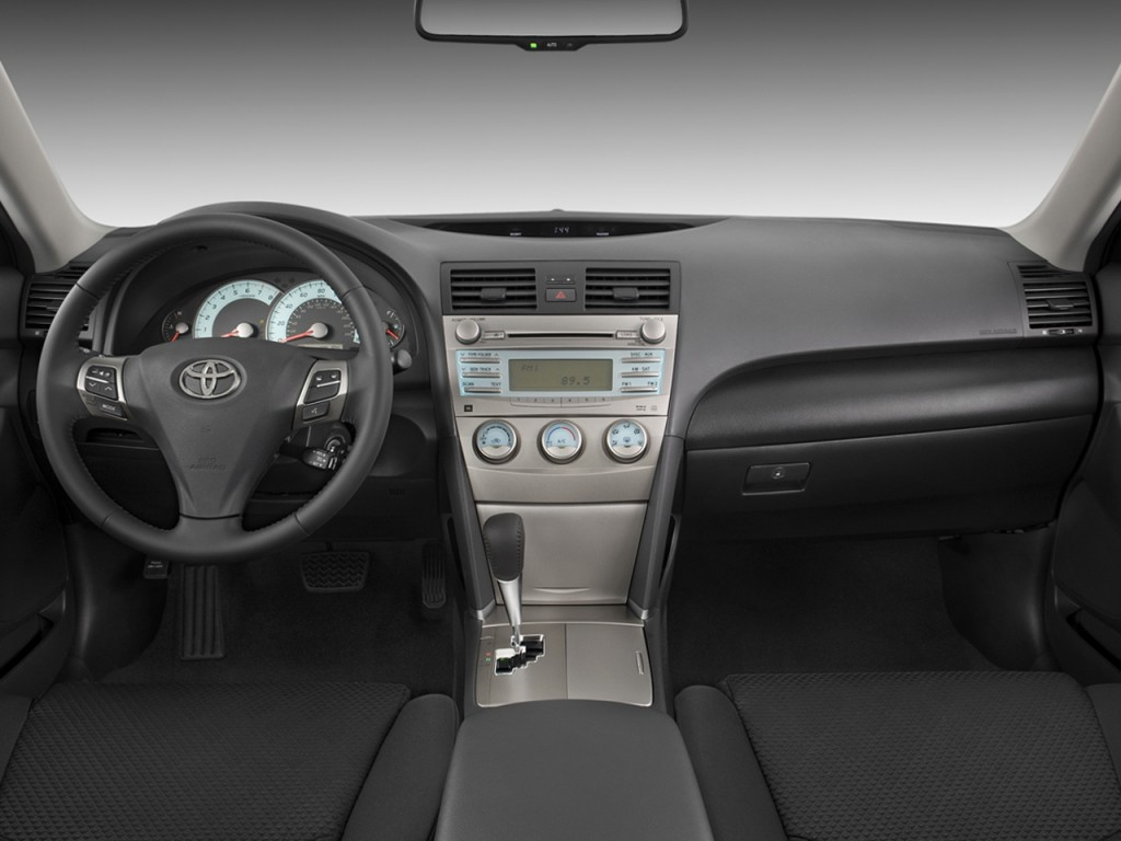 image 2009 toyota camry 4 door sedan v6 auto se natl. Black Bedroom Furniture Sets. Home Design Ideas