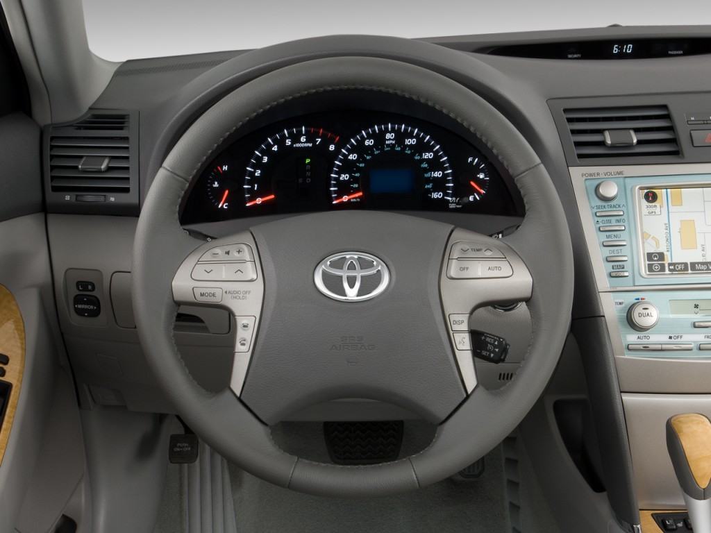 image 2009 toyota camry 4 door sedan v6 auto xle natl steering wheel size 1024 x 768 type. Black Bedroom Furniture Sets. Home Design Ideas