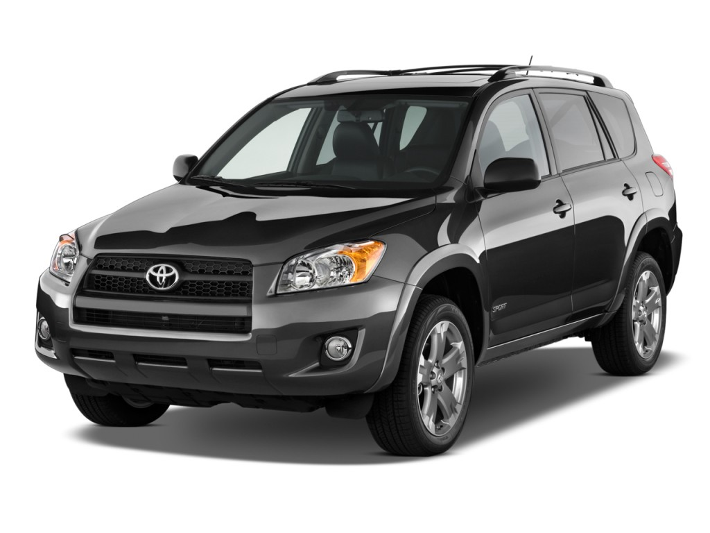 2009 Toyota RAV4 FWD 4-door 4-cyl 4-Spd AT Sport (Natl) Angular Front Exterior View