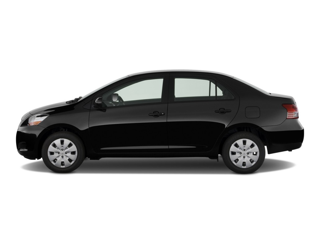 image 2009 toyota yaris 4 door sedan auto natl side. Black Bedroom Furniture Sets. Home Design Ideas