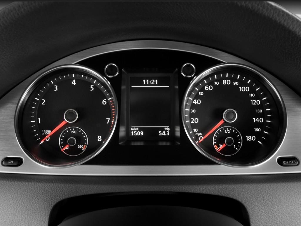 image 2009 volkswagen cc 4 door auto vr6 sport instrument. Black Bedroom Furniture Sets. Home Design Ideas
