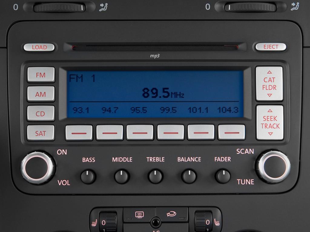 image 2009 volkswagen jetta sedan 4 door dsg tdi audio 2003 polo fuse box