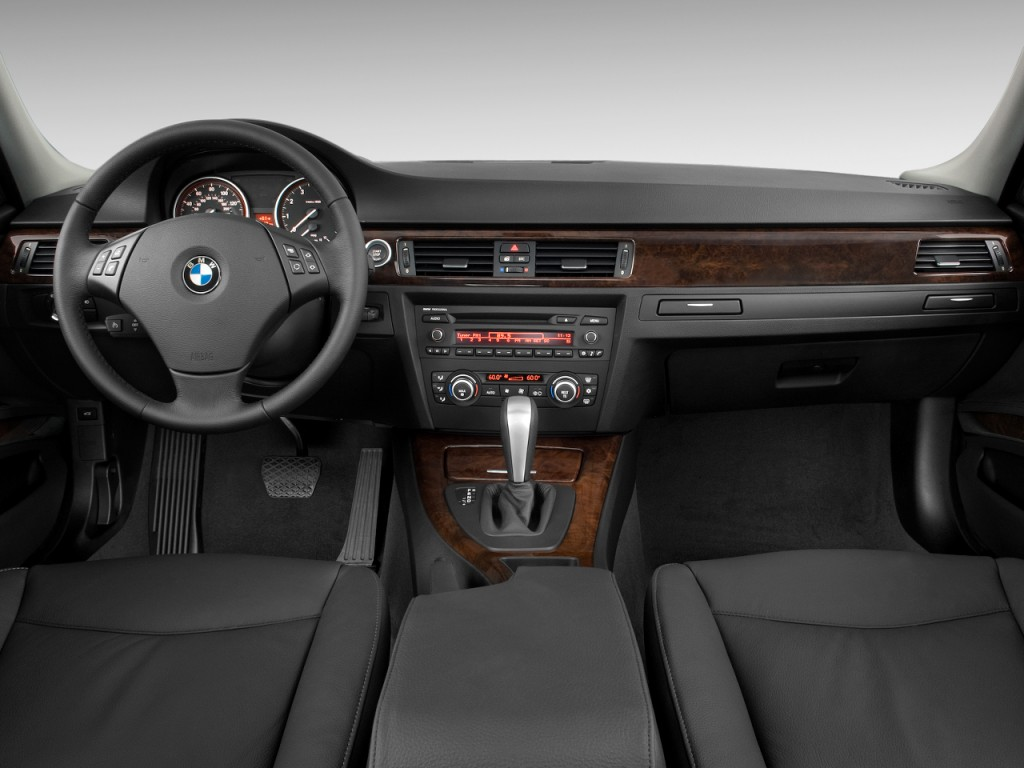 image 2010 bmw 3 series 4 door sedan 328i rwd dashboard. Black Bedroom Furniture Sets. Home Design Ideas