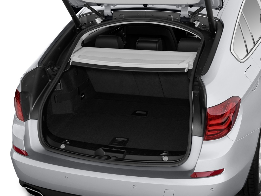 2010 BMW 5-Series Gran Turismo 4-door Sedan 550i RWD Trunk