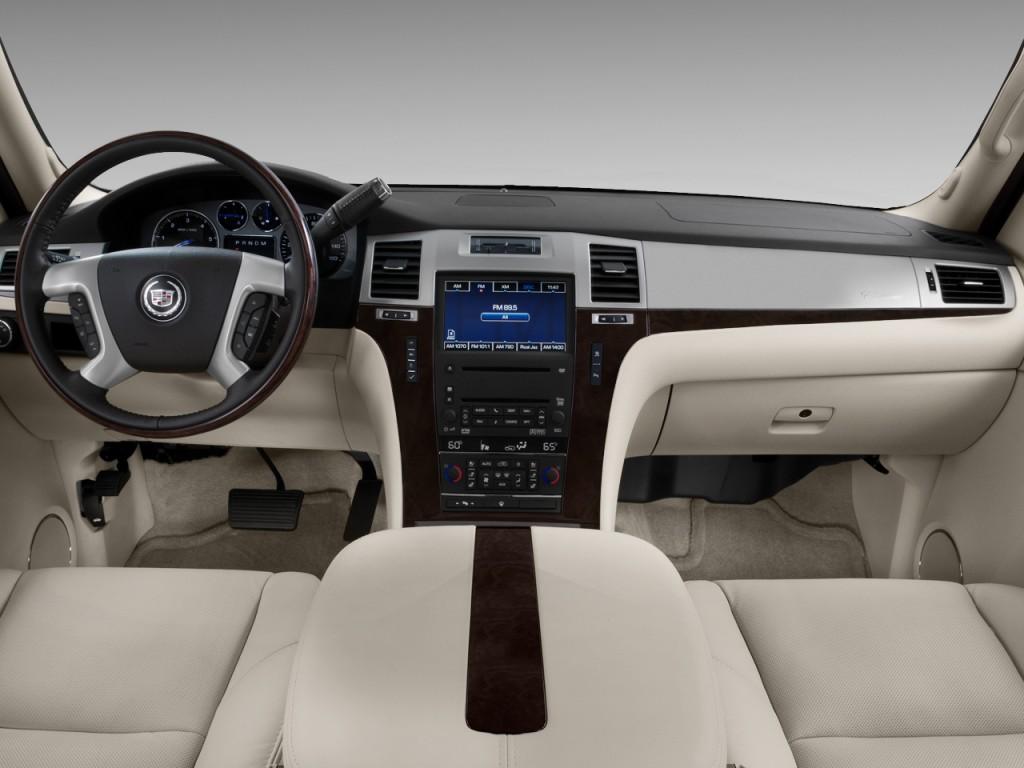 Cadillac Escalade Awd Door Base Dashboard L on 2003 Cadillac Escalade Esv Horsepower