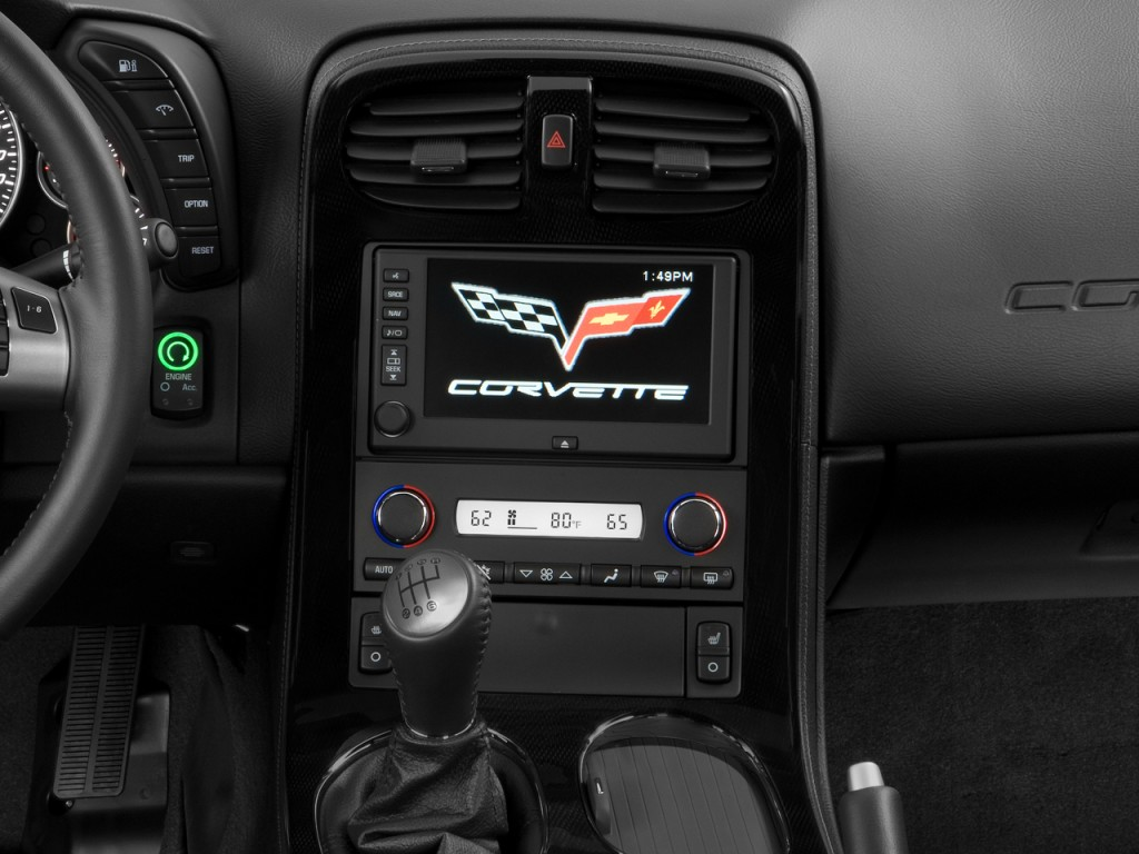 Image: 2010 Chevrolet Corvette 2-door Coupe Z06 w/2LZ ...