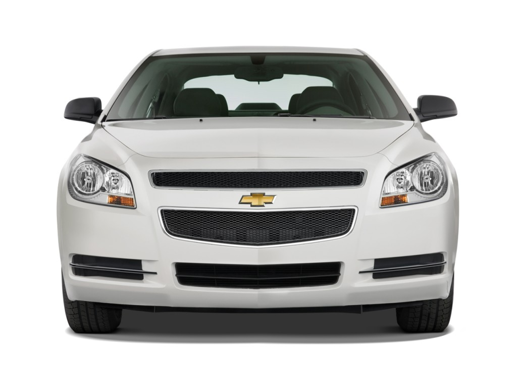 image 2010 chevrolet malibu 4 door sedan ls w 1ls front. Black Bedroom Furniture Sets. Home Design Ideas