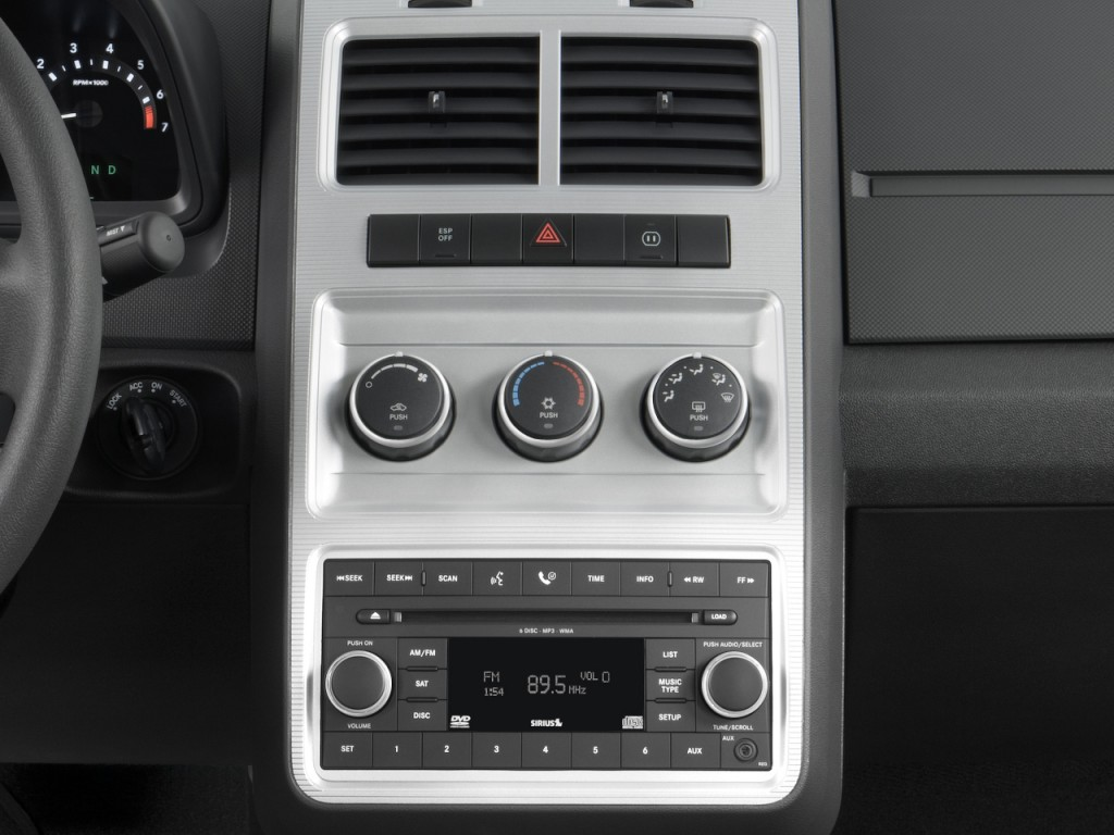 Image 2010 Dodge Journey Awd 4 Door Sxt Instrument Panel
