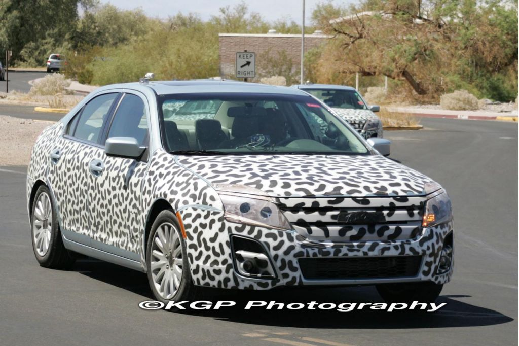 Spy Shots: 2010 Ford Fusion