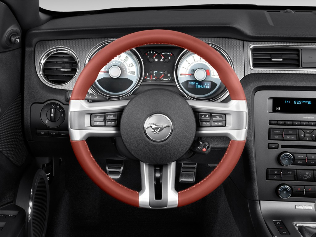 Ford Mustang Door Convertible Gt Premium Steering Wheel L on Ford Fusion Convertible