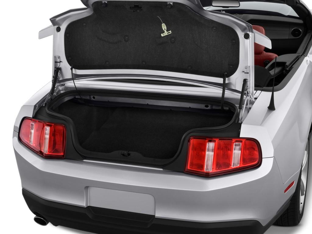 Image: 2010 Ford Mustang 2-door Convertible GT Premium ...