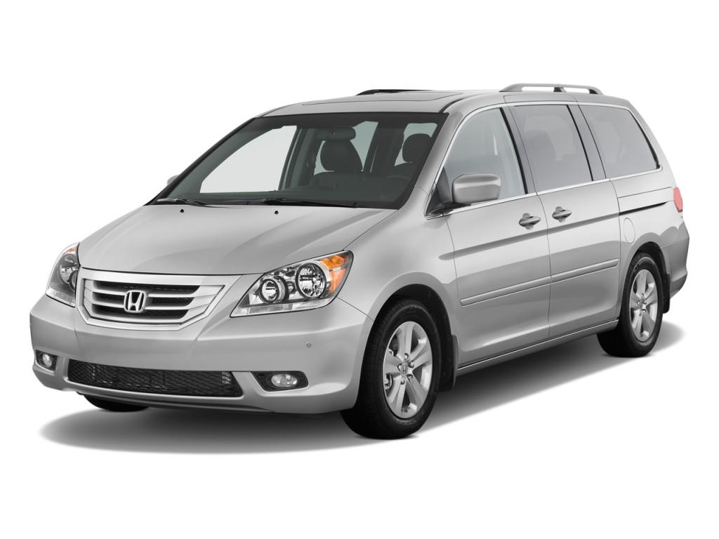 2010 Honda Odyssey 5dr Touring w/RES & Navi Angular Front Exterior View