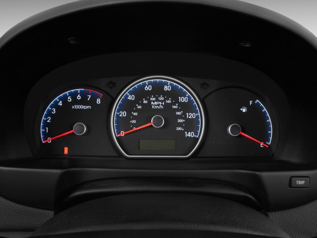 Image 2010 Hyundai Elantra 4 Door Sedan Auto Gls Pzev