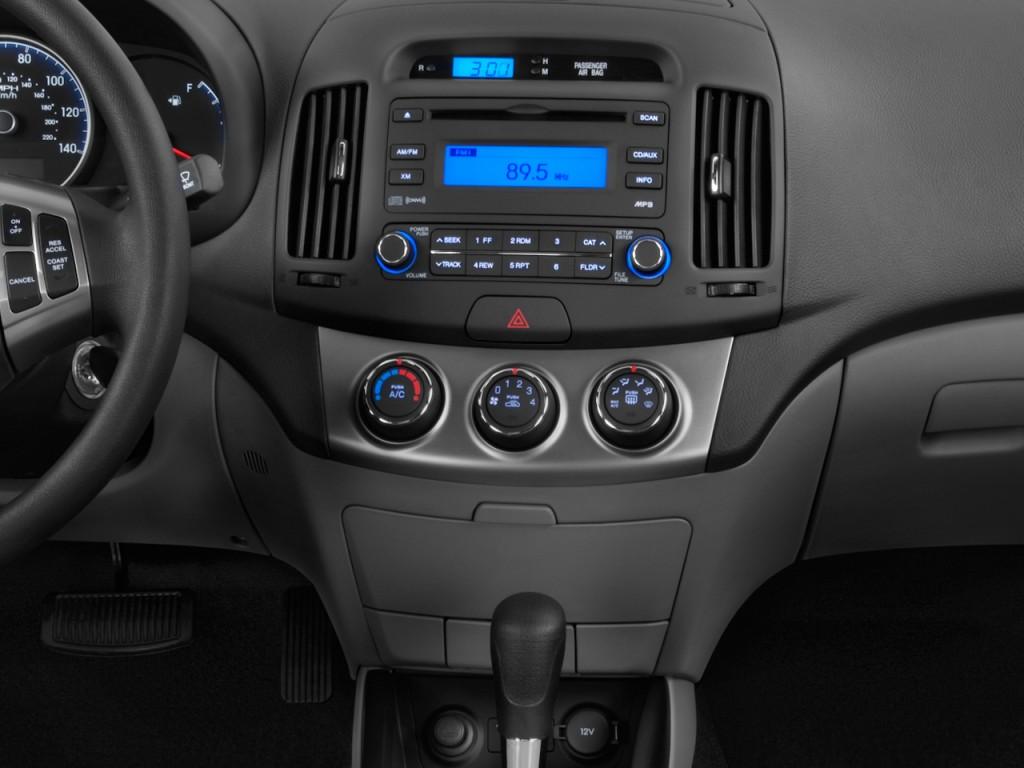 2010 hyundai elantra gls - 2010 Hyundai Elantra 4 Door Sedan Auto Gls Pzev Instrument Panel