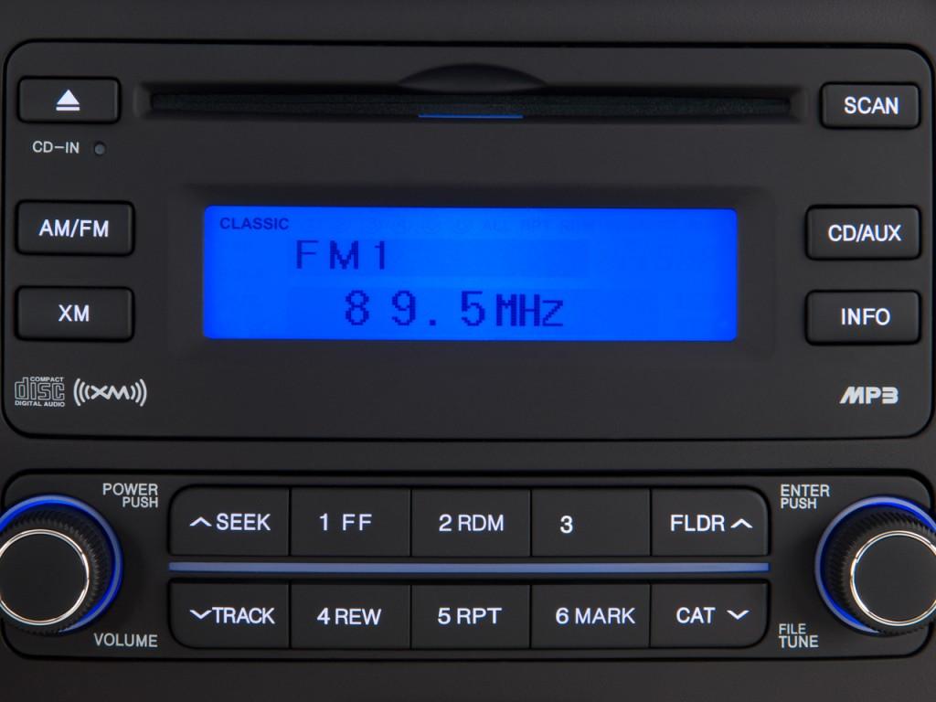 Image 2010 Hyundai Elantra 4 Door Sedan Auto Se Audio