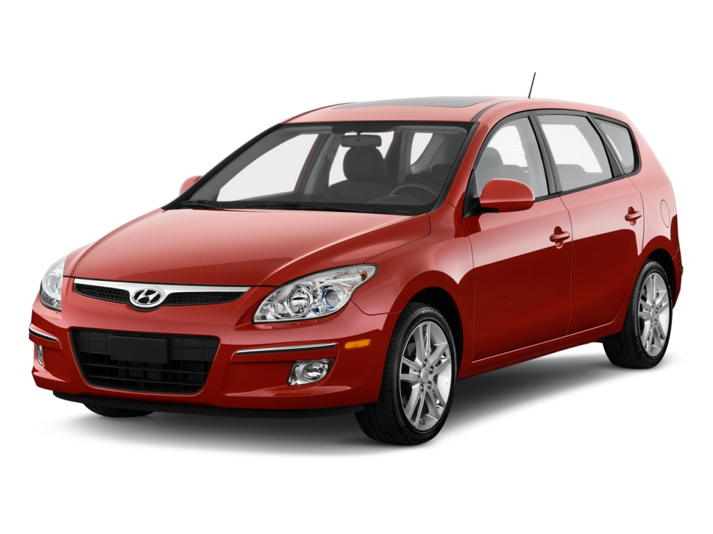 2010 Hyundai Elantra Touring 4-door Wagon Man SE Angular Front Exterior View