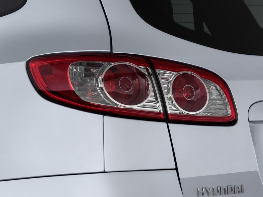 Image 2010 Hyundai Santa Fe Awd 4 Door V6 Auto Se Tail
