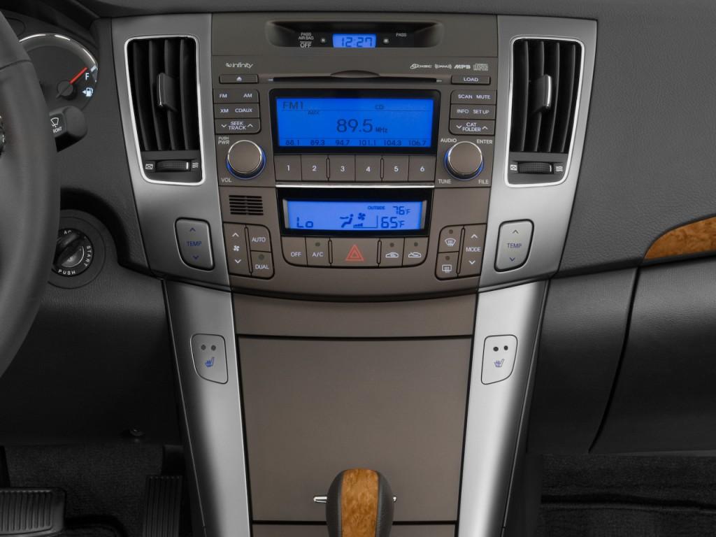 image 2010 hyundai sonata 4 door sedan i4 auto limited instrument panel size 1024 x 768 type. Black Bedroom Furniture Sets. Home Design Ideas