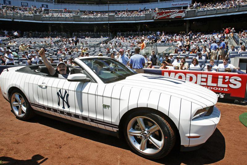 Acura Tlx Hybrid >> 2010 New York Yankees Mustang GT up for Auction