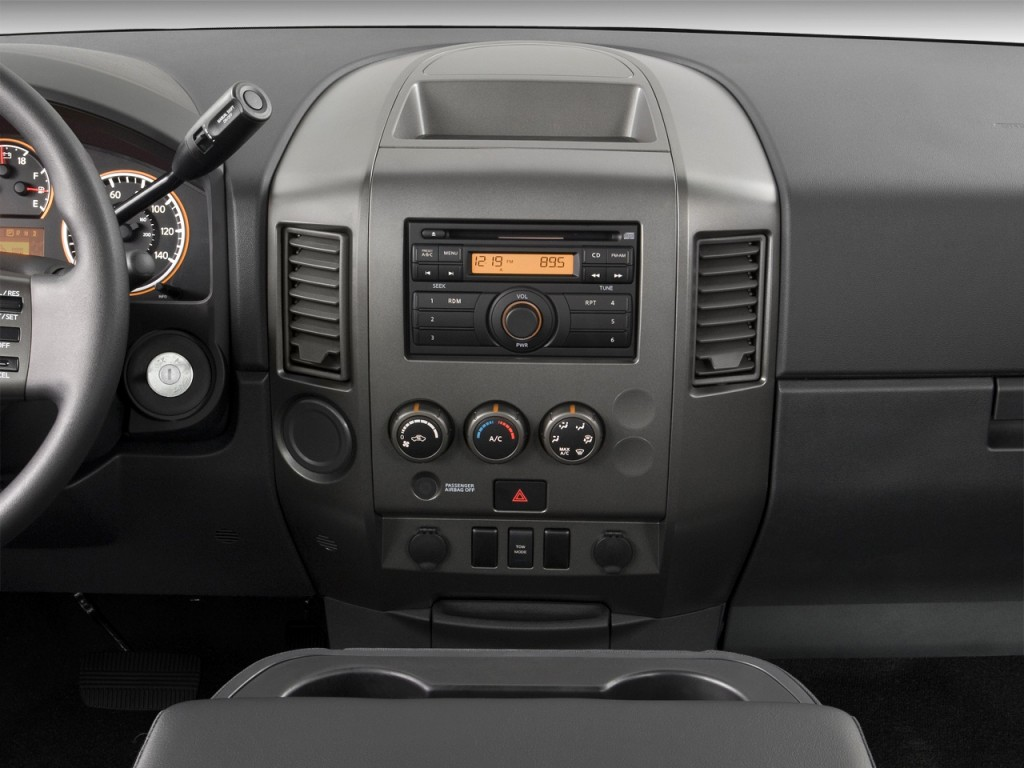 image 2010 nissan titan 2wd king cab swb xe instrument. Black Bedroom Furniture Sets. Home Design Ideas