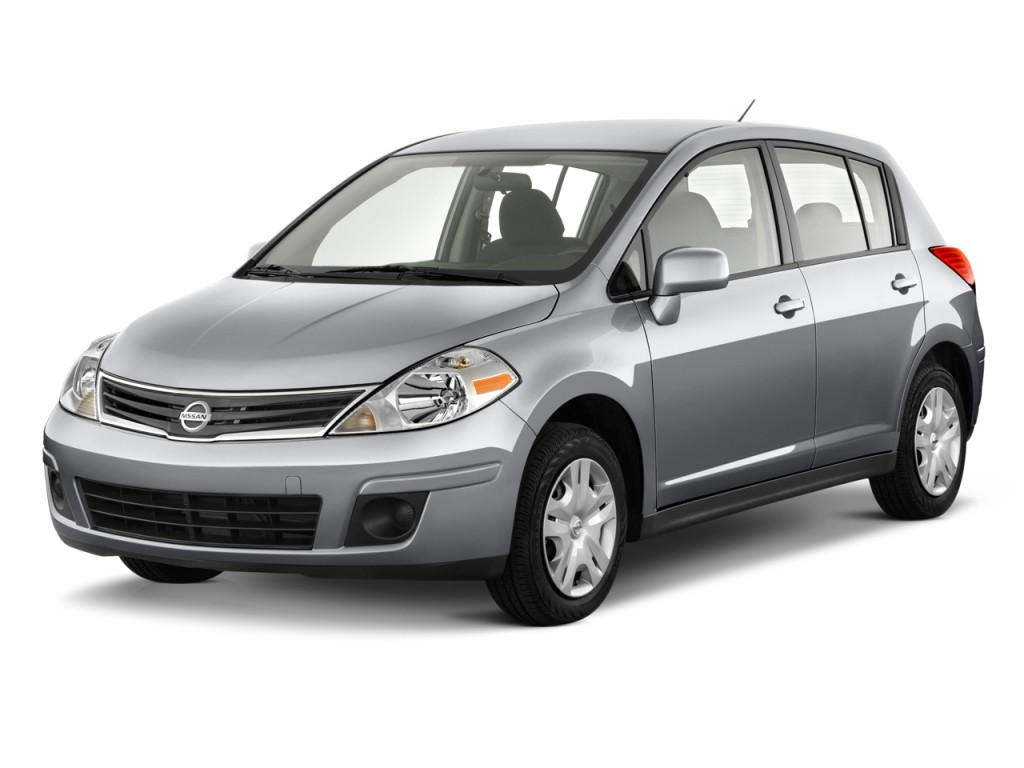 2010 Nissan Versa 5dr HB I4 Auto 1.8 S Angular Front Exterior View