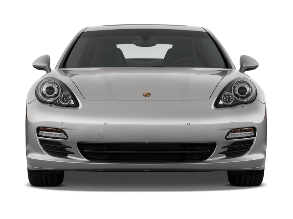 image 2010 porsche panamera 4 door hb 4s front exterior. Black Bedroom Furniture Sets. Home Design Ideas