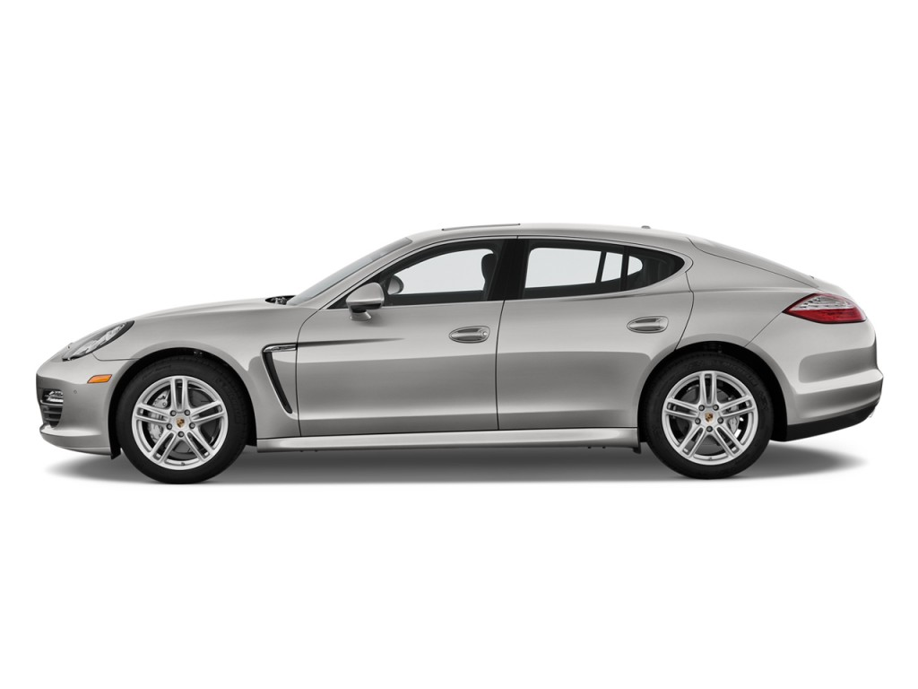 2010 Porsche Panamera 4-door HB 4S Side Exterior View