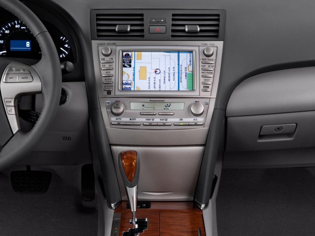 image 2010 toyota camry hybrid 4 door sedan natl. Black Bedroom Furniture Sets. Home Design Ideas