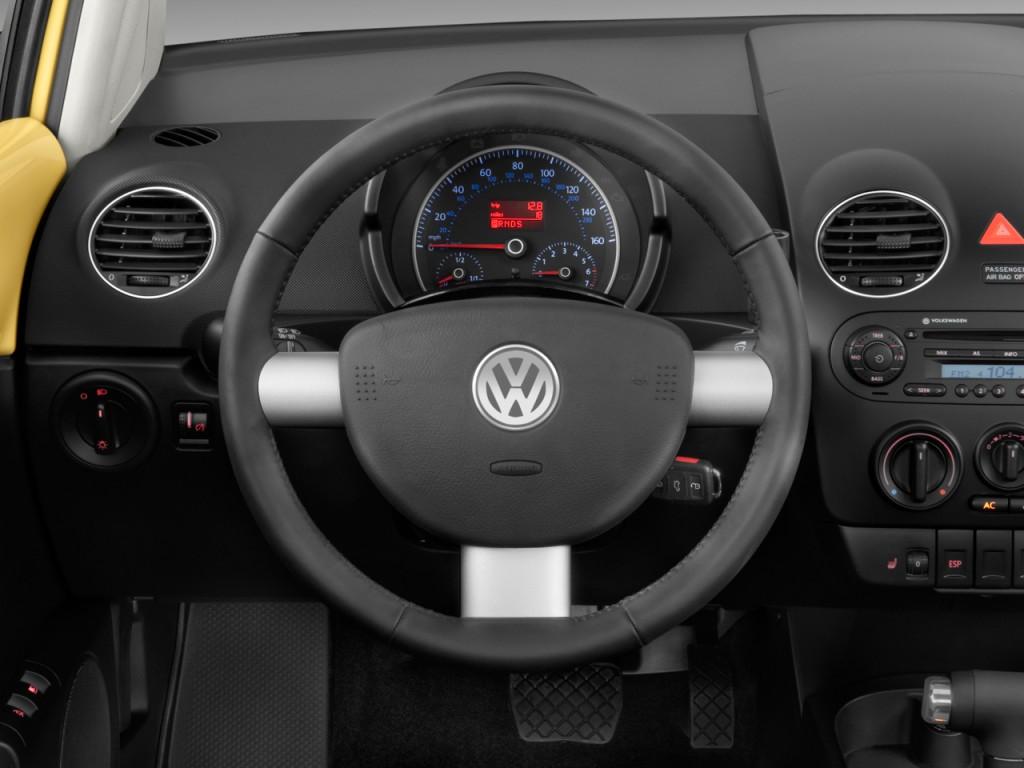 Image: 2010 Volkswagen New Beetle Coupe 2-door Man Steering Wheel, size: 1024 x 768, type: gif ...