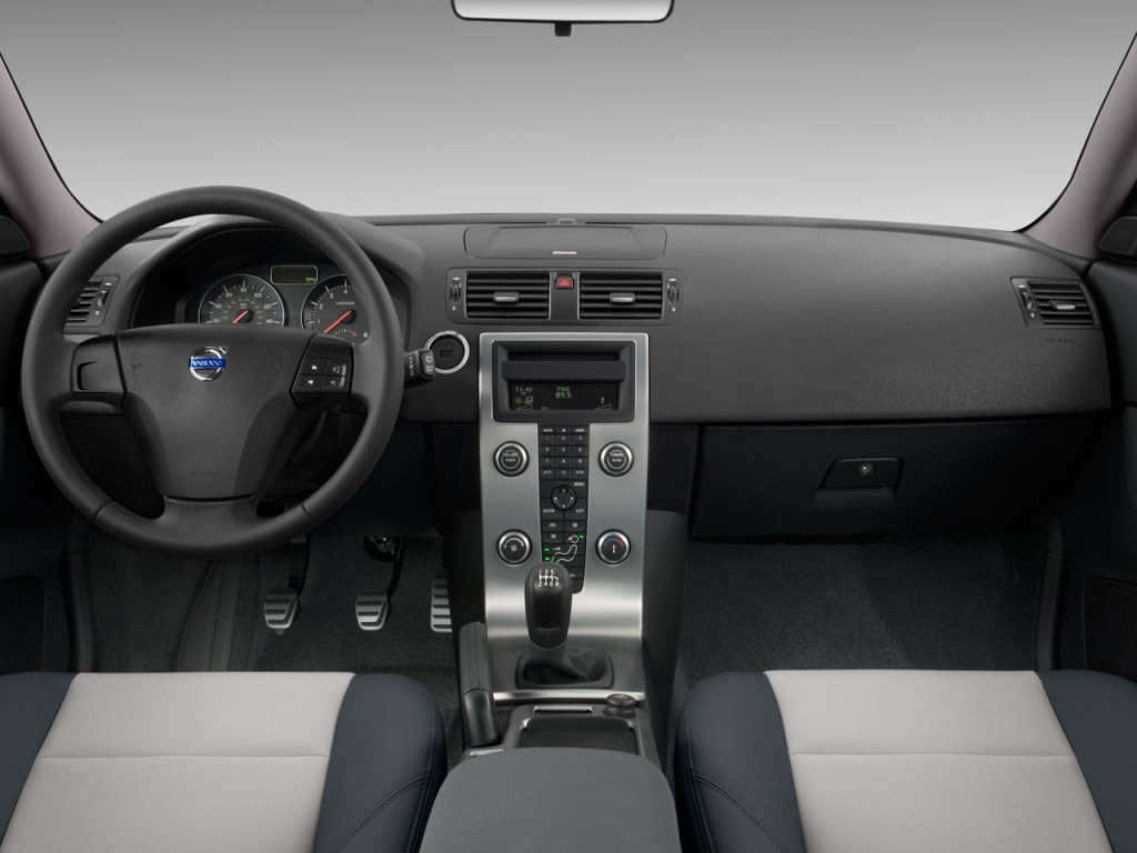 2017 Volvo Xc90 Hybrid >> Image: 2010 Volvo C30 2-door Coupe Man R-Design Dashboard ...