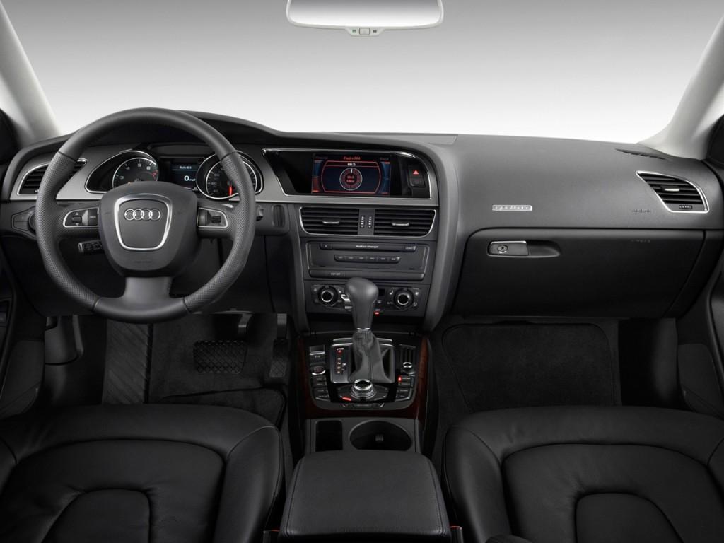 2011 Audi A5 2-door Coupe Auto quattro Premium Plus Dashboard