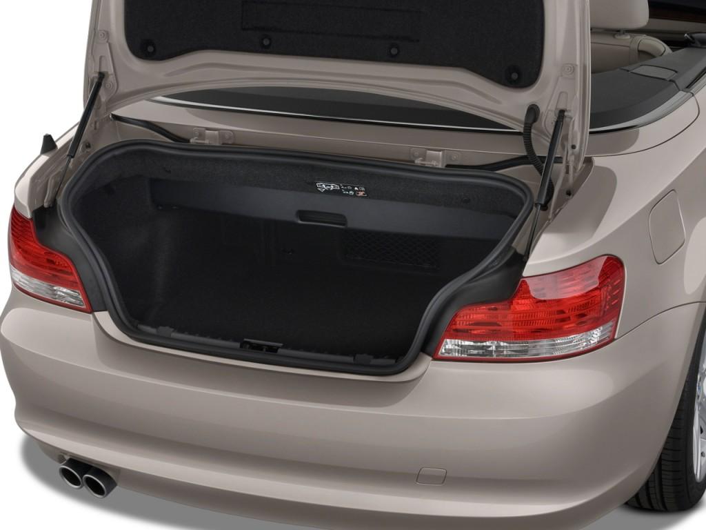 Image 2011 Bmw 1 Series 2 Door Convertible 128i Trunk