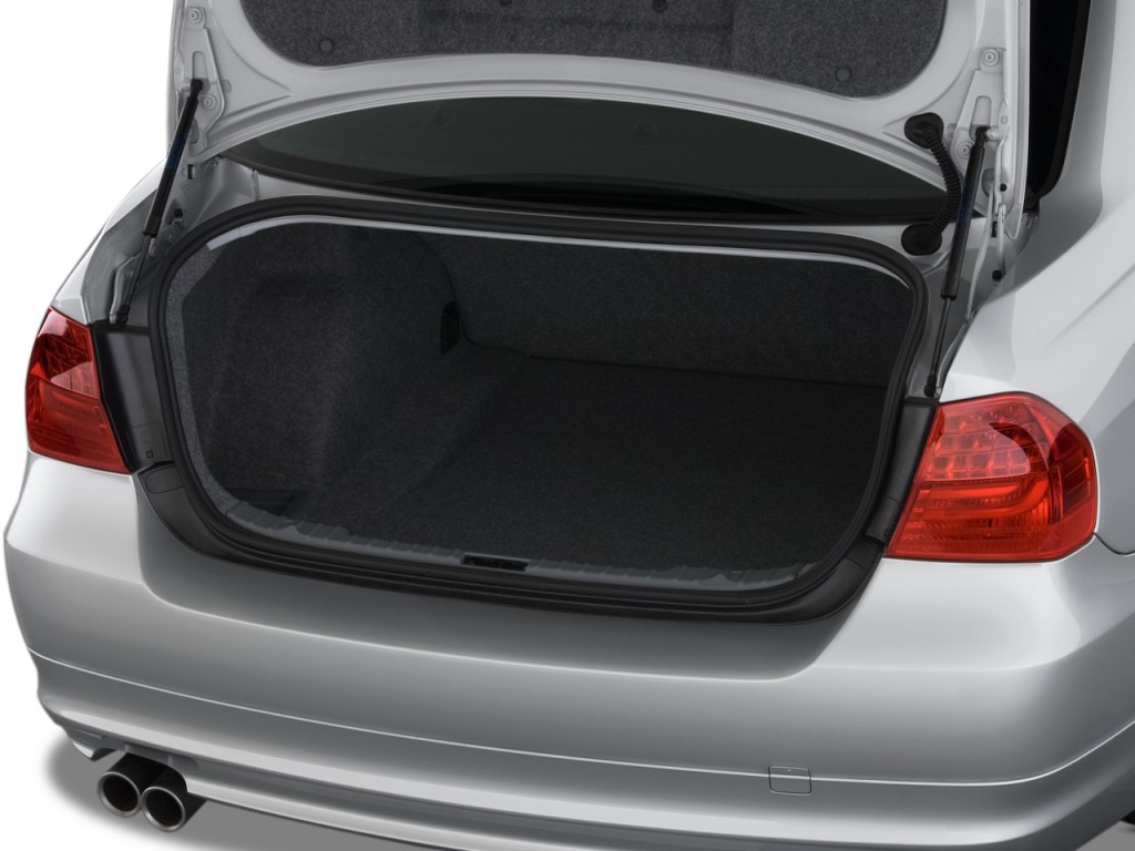 Image 2011 Bmw 3 Series 4 Door Sedan 328i Rwd Trunk Size